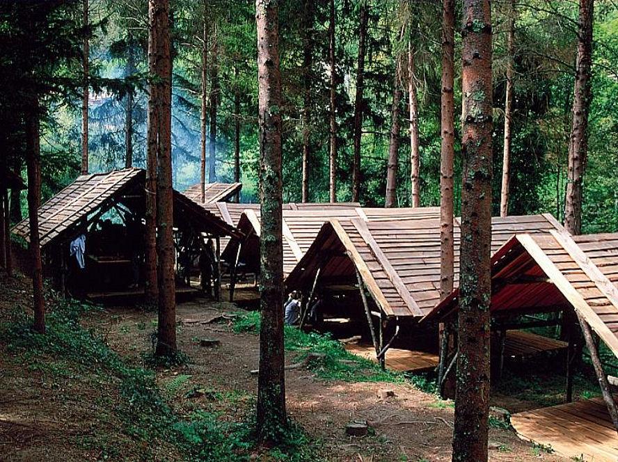Village carbets - Hébergement Insolite - Domaine Oz'Arbres